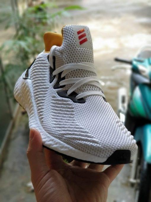 Adidas AlphaBoost 2019 trang vang