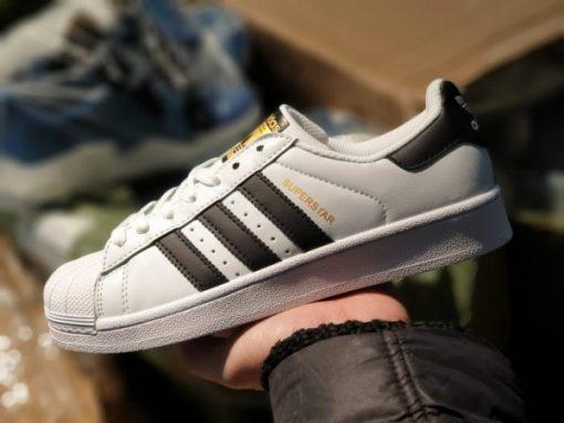 Adidas Superstar tem vang sneakerhs.com