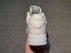 Nike Air Force 1 hong phan vay anh H&S Sneaker