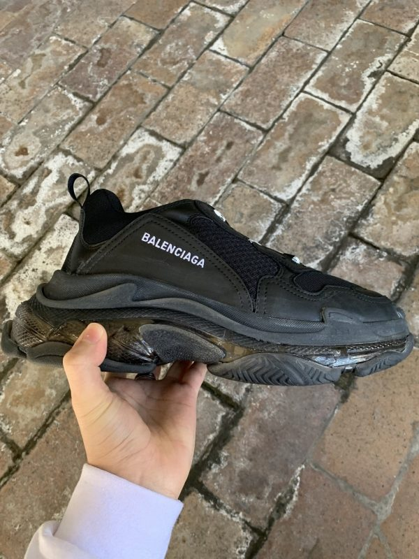 balenciaga triple s black rep