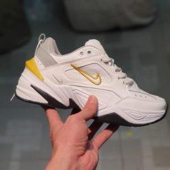 Giay Nike M2K Tekno trang got vang