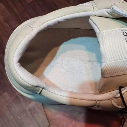giay Gucci White Rhyton Distressed Leather Running Sneakers tron rep11 gia re ha noi
