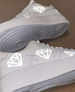 Giay Nike Air Force 1 mau hinh phan quang