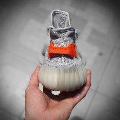 giay Adidas Yeezy Boost 350 V2 Tail Light gia re ha noi