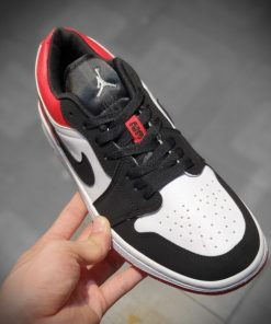 Giay Nike Air Jordan 1S Low thap co mau den do