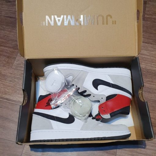 Giay Nike Air Jordan 1 Retro High OG Smoke Grey