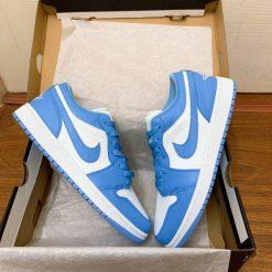 "giay Nike SB Air Jordan 1 Low "" UNC"" gia re ha noi"