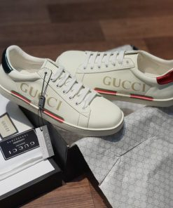 Giay Gucci Ace Leather chu ngang