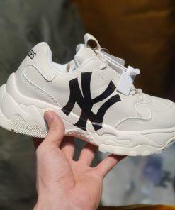 Giay MLB NY Yankees mau moi
