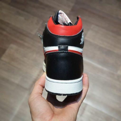Giay Nike Air Jordan 1 Retro High Black Gym Red