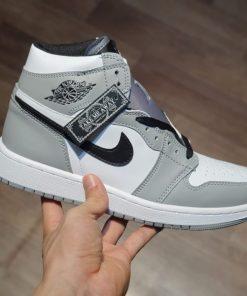 giay Air Jordan 1 Mid Light Smoke Grey