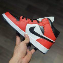 giay nike Air Jordan 1 Mid Chicago gia re ha noi