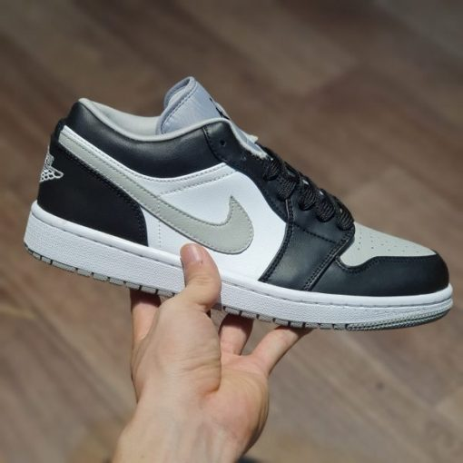 giay nike air jordan 1 low trainers in light smoke grey black vet bac khoi
