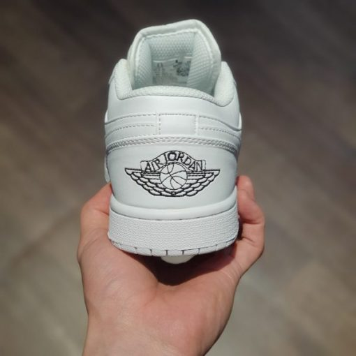 Giay Air Jordan 1 Mid BG Triple White Trang Full co thap