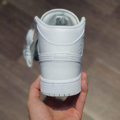 giay Air Jordan 1 Mid BG Triple White trang full co cao
