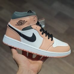 giay Nike Air Jordan 1 Mid Pink Quartz GS thach anh