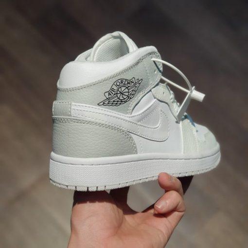 giay Nike Air Jordan 1 Mid SE GS 'Swoosh Logo - Grey Camo' rep 11