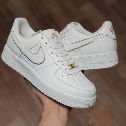 giay Nike Air Force 1 '07 Essential in White and Metallic Gold AO2132-102 trang va vang anh kim rep 11 sieu cap gia re ha noi